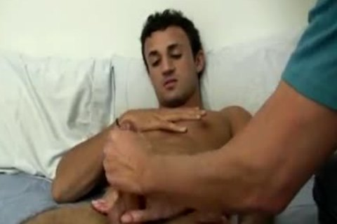 gay Sex clip Pull Male nipps First Tim
