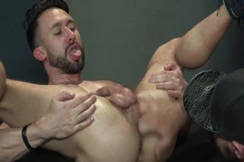 Muscle Bear Foursome And sex cream flow