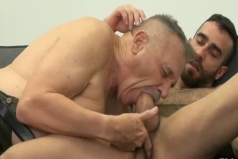 Howard And Franco dril bare
