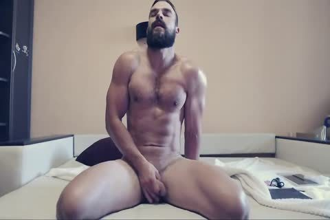 Bearded man On webcam Using A vibrator Part 1